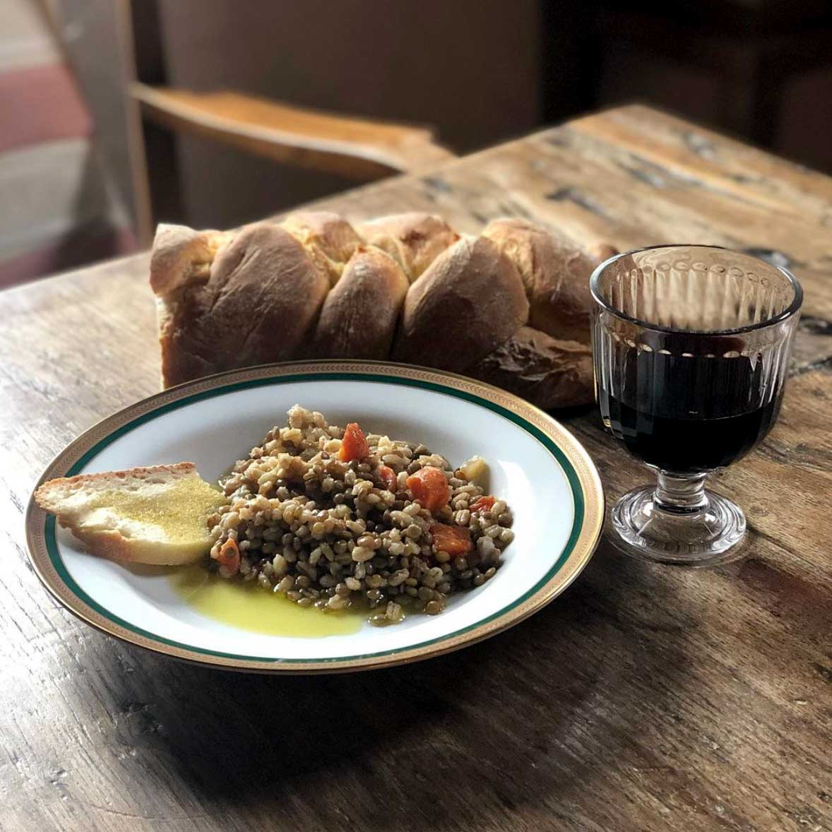 Lentil soup, bread and wine